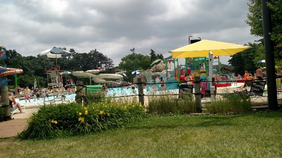 West Chicago, IL: Turtle Splash Water Park