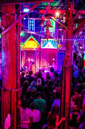 The Meow Wolf Music Venue Is Out Of This World Picture Santa Fe