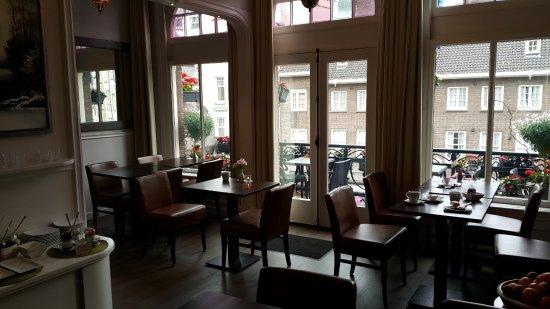 Clemens Hotel Photo