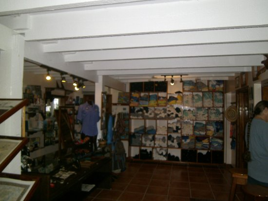 Turneffe Island, Belize: Gift shop