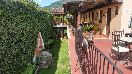 Hotel Meson del Valle: Amazing accommodations, clean hotel, super friendly staff. I felt like home, very secure comfort