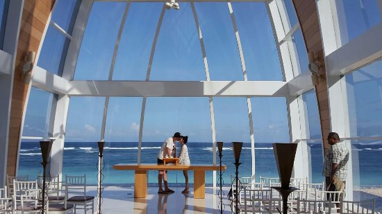 The Ritz Carlton Bali Stunning Ocean View Chapel Wish I Knew About It