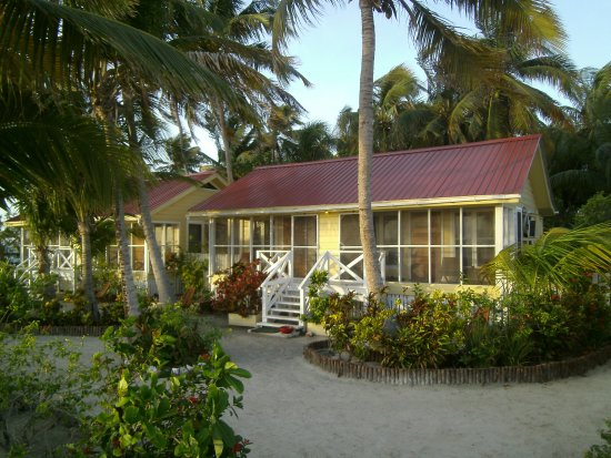 Turneffe Island, Belize: Cabins seven and eight