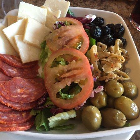 Tita's Italian Bistro