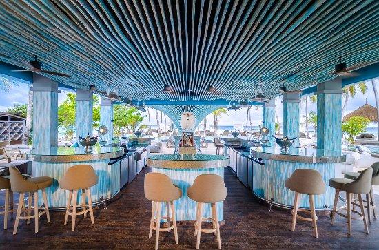 Seaside Finolhu: Baa Baa Beach Club