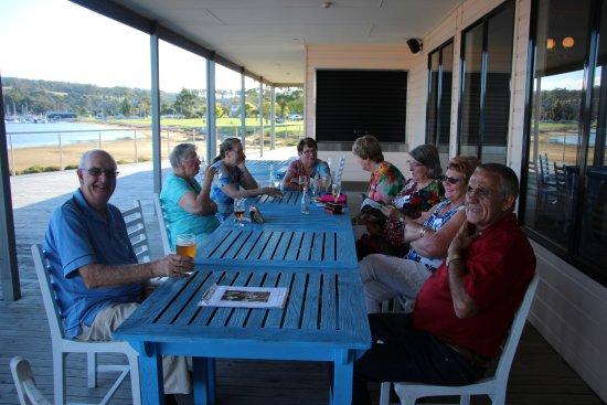 Tidal Waters Resort: Deck area