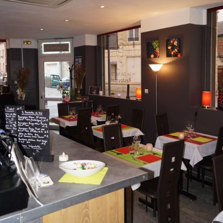 restaurant la galinette dans reims avec cuisine fran aise. Black Bedroom Furniture Sets. Home Design Ideas