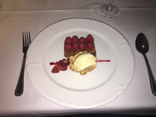 Copthorne, UK: Lion D'or Restaurant - Raspberry and Chocolate Mille Feulle