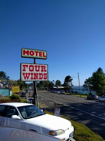 Four Winds Motel: IMG_20160621_174712_large.jpg