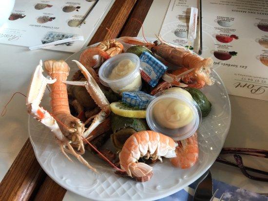 Assiette de fruits de mer picture of restaurant du port le crotoy tripadvisor - Restaurant du port le crotoy ...