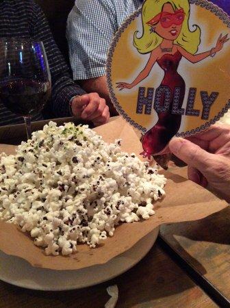 Blue Ribbon Artisan Pizzeria : Popcorn mit Trüffelöl