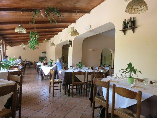 Ristorante Verdemare: Inside the restaurant
