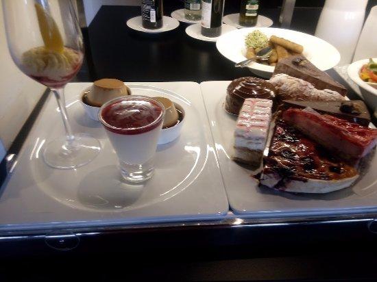 Zurzach, Schweiz: Kaffee und Kuchen gibt's auch nach der EM :-)