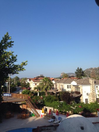 Şahin Villa Aparts: Lovely view from our balcony