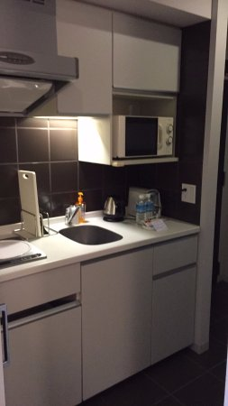 Nice Modern Kitchen Set Up Picture Of Citadines Shinjuku Tokyo