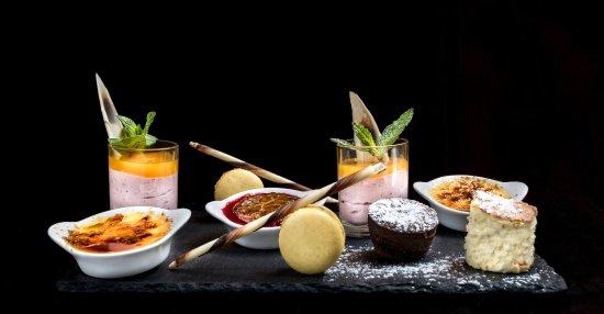 Demi-Lune Cafe & La Salle a Manger : Palette de desserts - Composition du chef