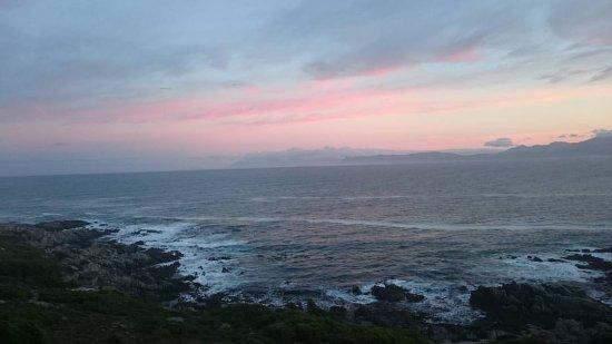 De Kelders, Südafrika: Sunrise View From Balcony