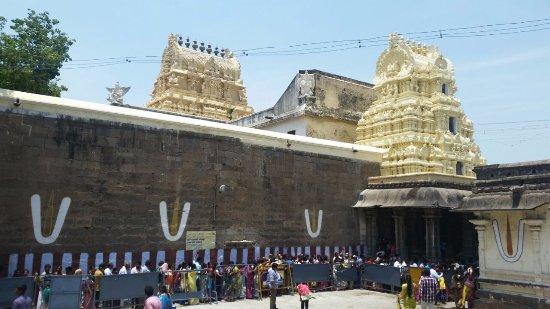 Varadharaja Perumal Temple - P...