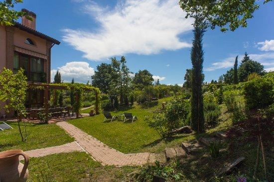 Rastignano, Itália: giardino