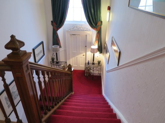Abercorn Guest House: Stairs