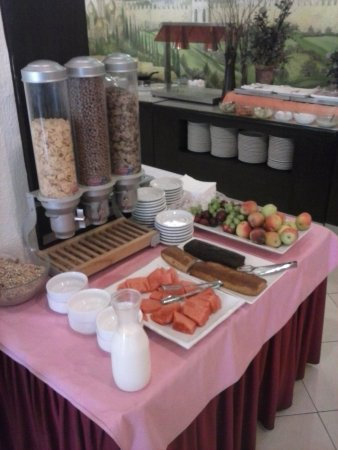 Commodore Hotel Jerusalem: another part of the breakfast spread