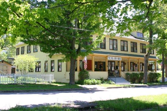 Sharon Springs, estado de Nueva York: Quiet side stree location