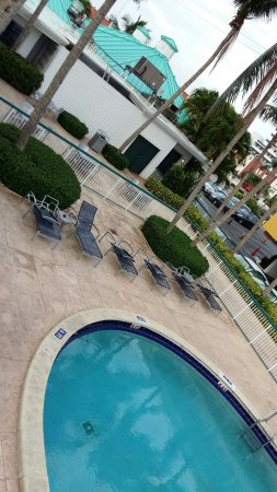 North Bay Village, FL: BEST WESTERN On The Bay Inn & Marina