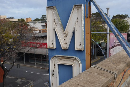 Photo of Adelaide Motel & Backpackers