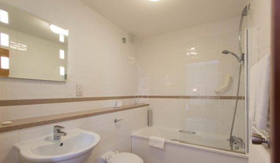 Mayfair Hotel: Mayfair   Bathroom