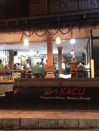 Warung Kacu Guest House: warung/restaurant
