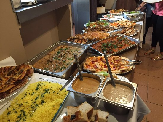 Bolton, UK: Buffet for our Celebration Evening!