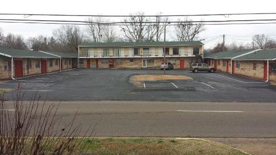 Benton, KY: Outdoor look