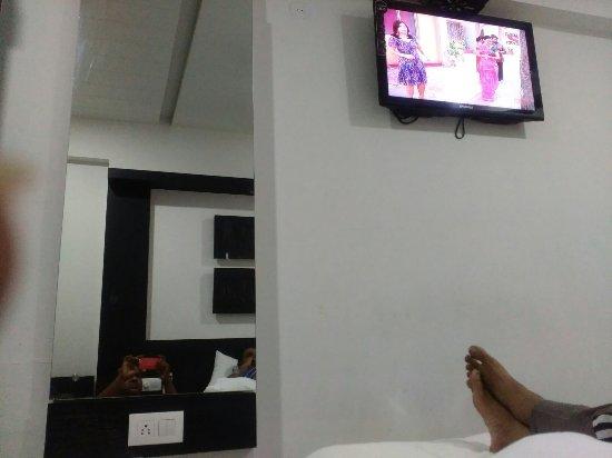Hotel Paramount Inn