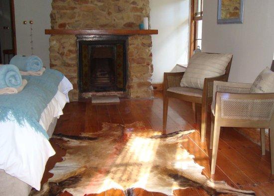 Hope Villa Bed & Breakfast: Fireplace Room lounge