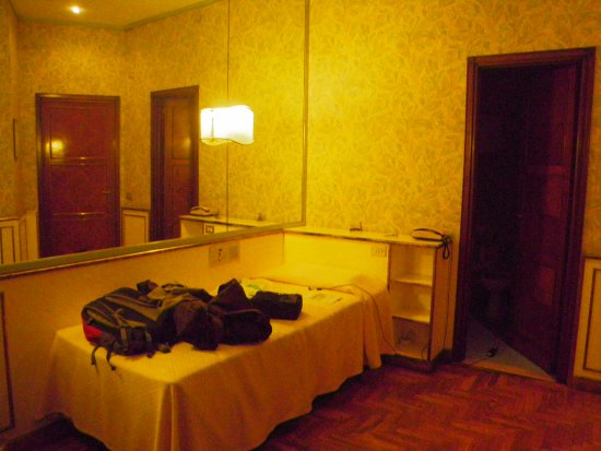 Hotel Continental: quarto