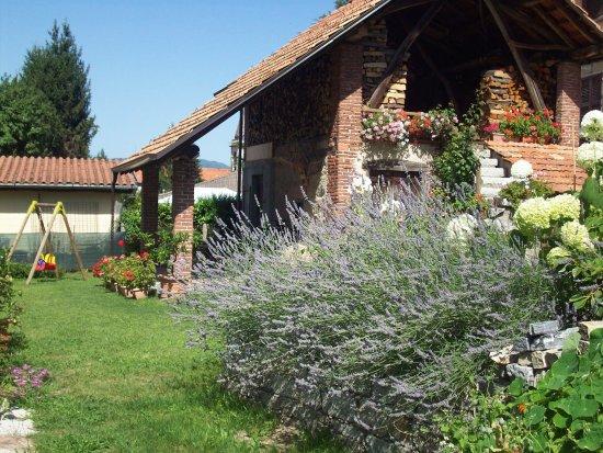 Madonna del Sasso, Italië: giardino