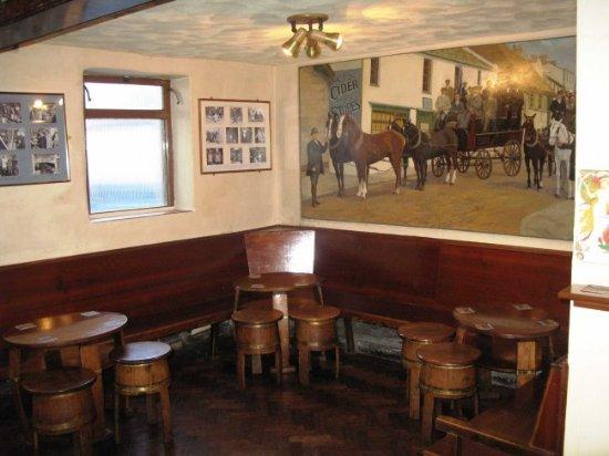 Ye Olde Cider Bar