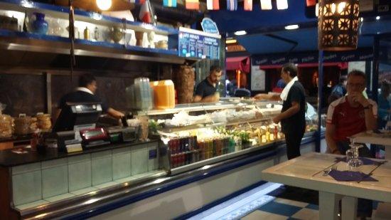 Int rieur du restaurant picture of ile de crete paris for Interieur 407