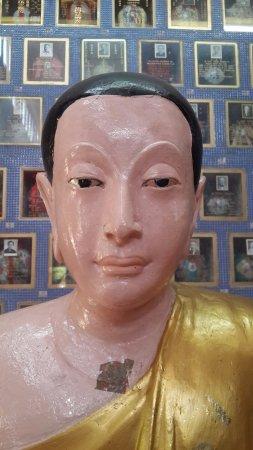 Wat Chayamangkalaram: Buddha Statue