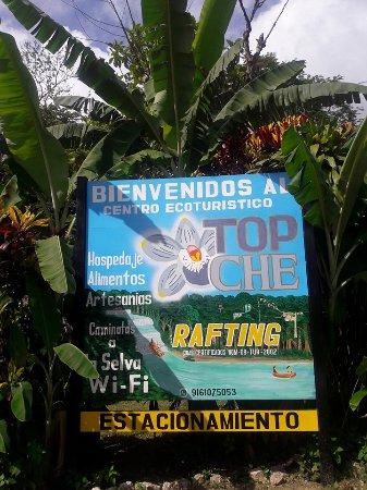 Lacanjá, México: Letrero de bienvenida :)