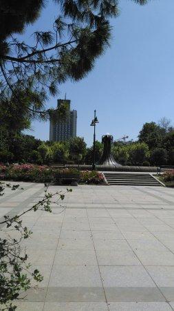 Taksim Park: Taksim Gezi Parkı