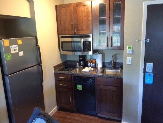 Hyatt House Seattle/Bellevue: keuken goed uitgerust