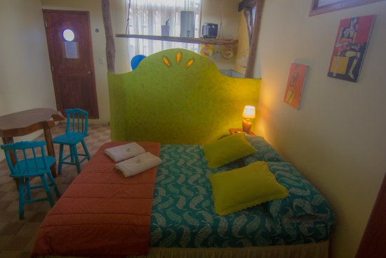 La Casa del Lago Lodging House: CONFORTABLE BEDROOMS WITH GARDENS..!!
