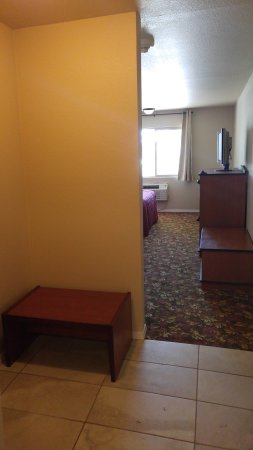 Loyalty Inn: Deluxe Room King