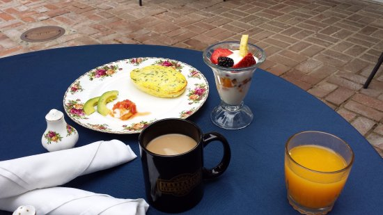 Lemon Cove, Kalifornia: hot entree breakfast