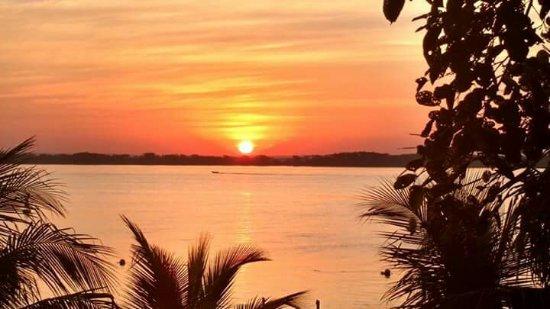 Panorama: O Mais lindo Pôr do Sol