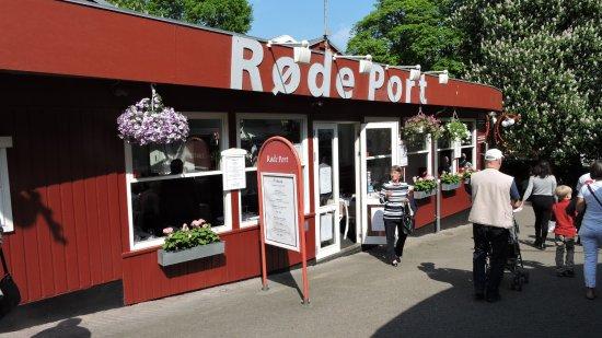 Røde Port - Billede af Bakken (Dyrehavsbakken), København - TripAdvisor