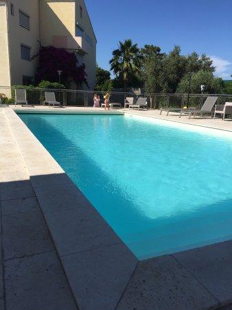 Hotel Poretta: La piscine