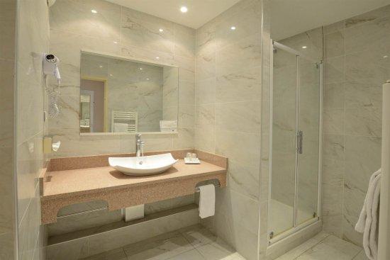 Hotel Poretta: Une salle de bain