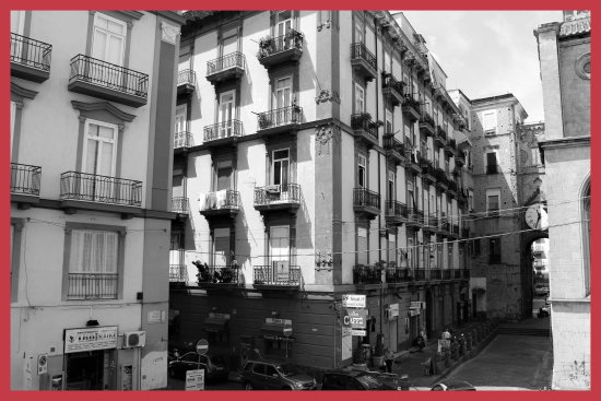 The Story of Naples: ESTERNI